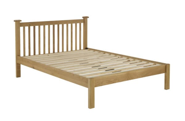 Woburn Chunky Oak Bed